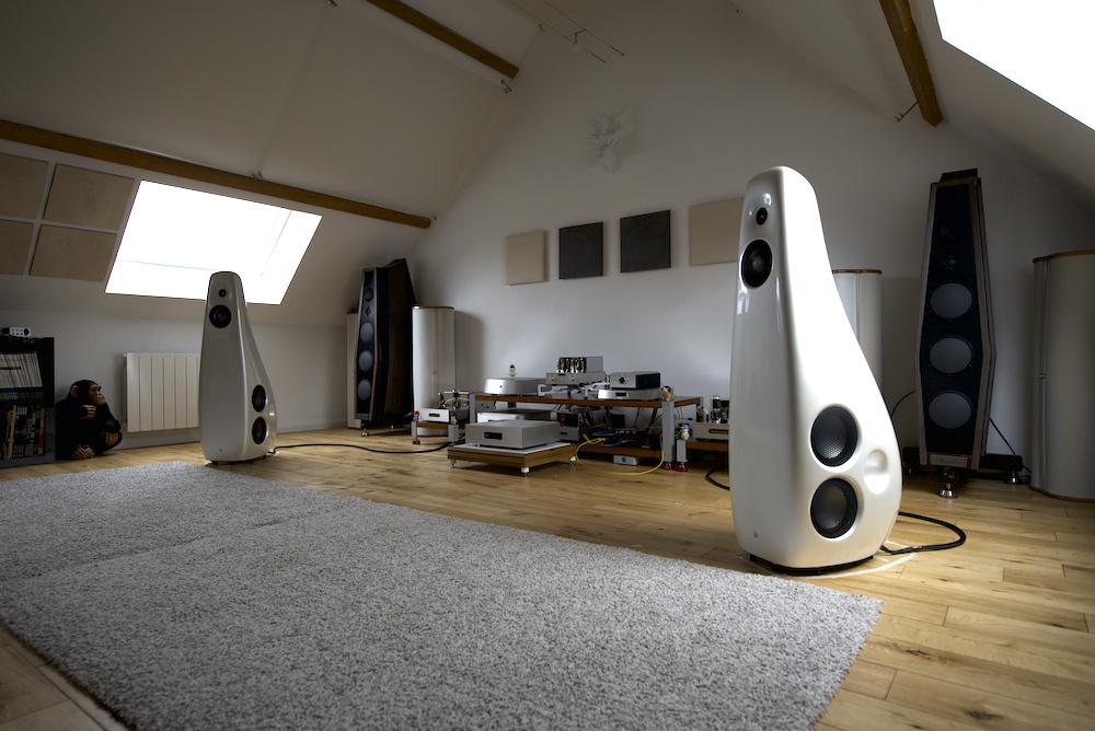 Vivid Audio Kaya 90 2